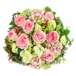 pink roses. beautiful flowers bouquet